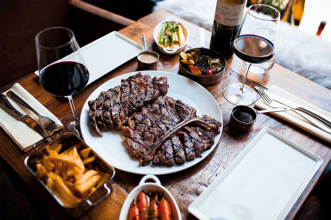 Degustační večeře hovězí steaky a víno
